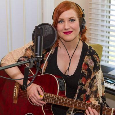 Jaclyn Monroe in The Nashville Rocks Studios